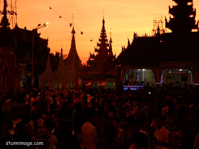 Sunset at the ShweDagon