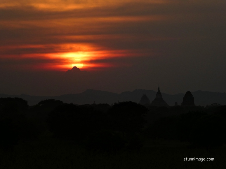 Bagan Sunset.jpg