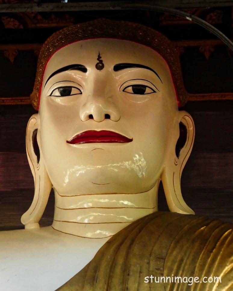 Taung Gyi Buddha_Fotor